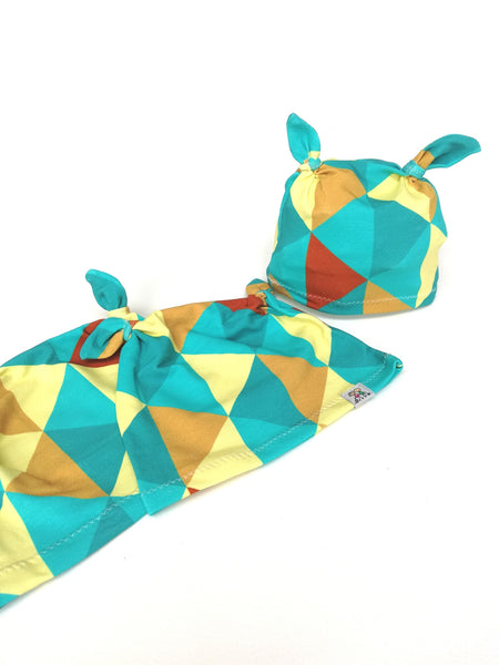 "Bonnet ""triangles""+ foulard"