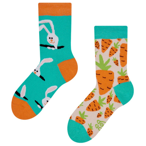 kids rabbit and carrot socks
