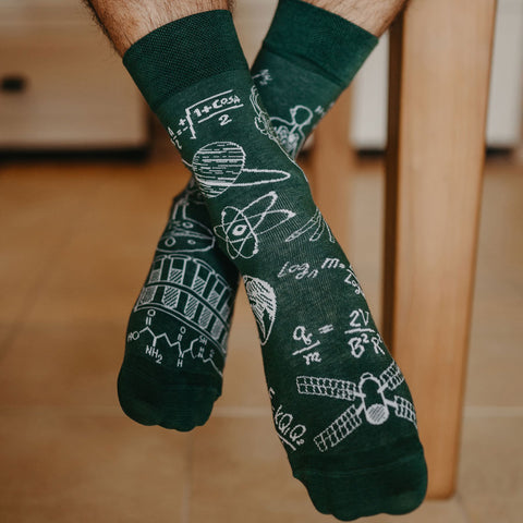 Unisex Physics vs Chemistry Socks
