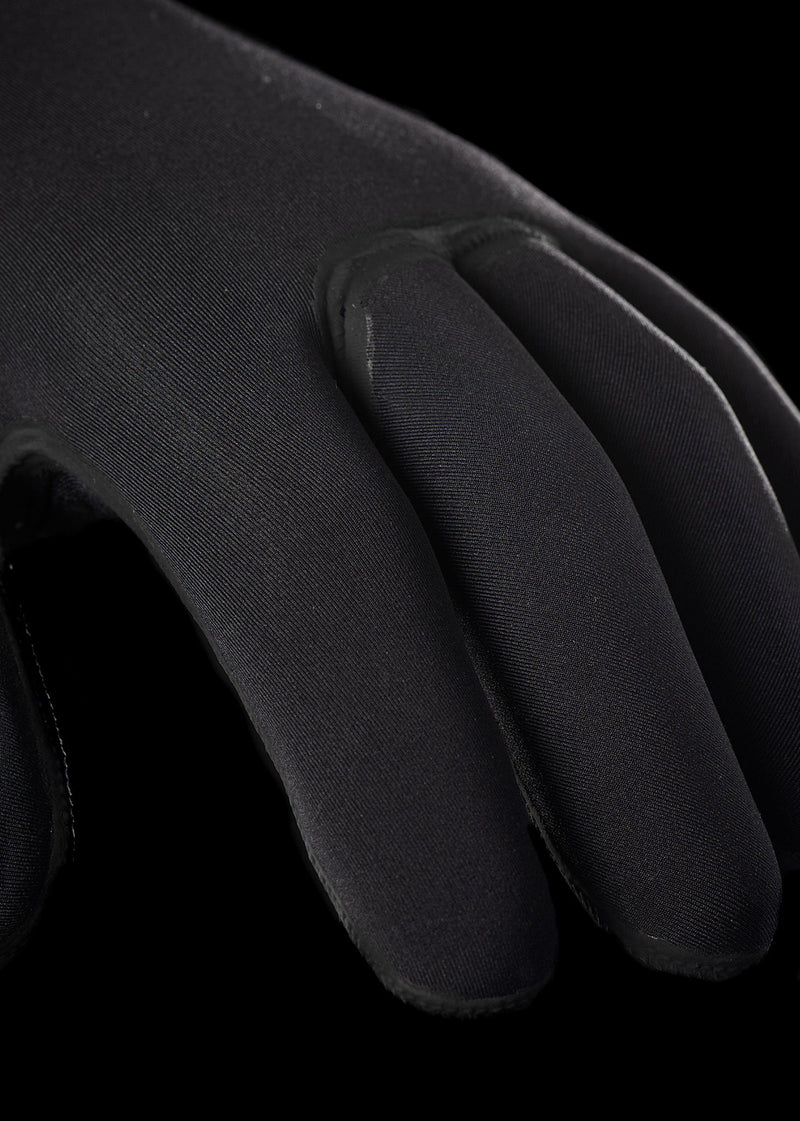 needessentials premium wetsuit gloves