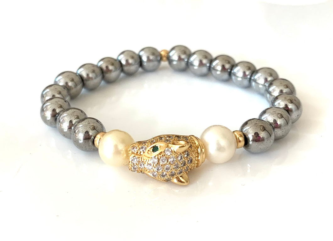 Italian Hematite Panther Pearl Gold Bead Bracelet