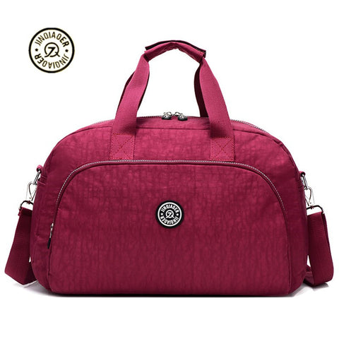 NEW Women's traveling duffel bag