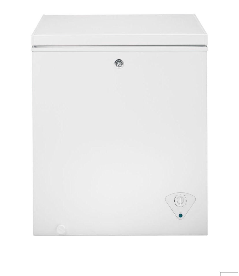 GE 5.0 cu. ft. Chest Freezer in White, ENERGY STAR Model FCM5SKWW