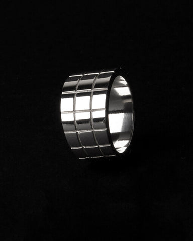 CHEQUER RING