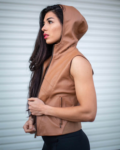 SCOOP VEST (TAN)