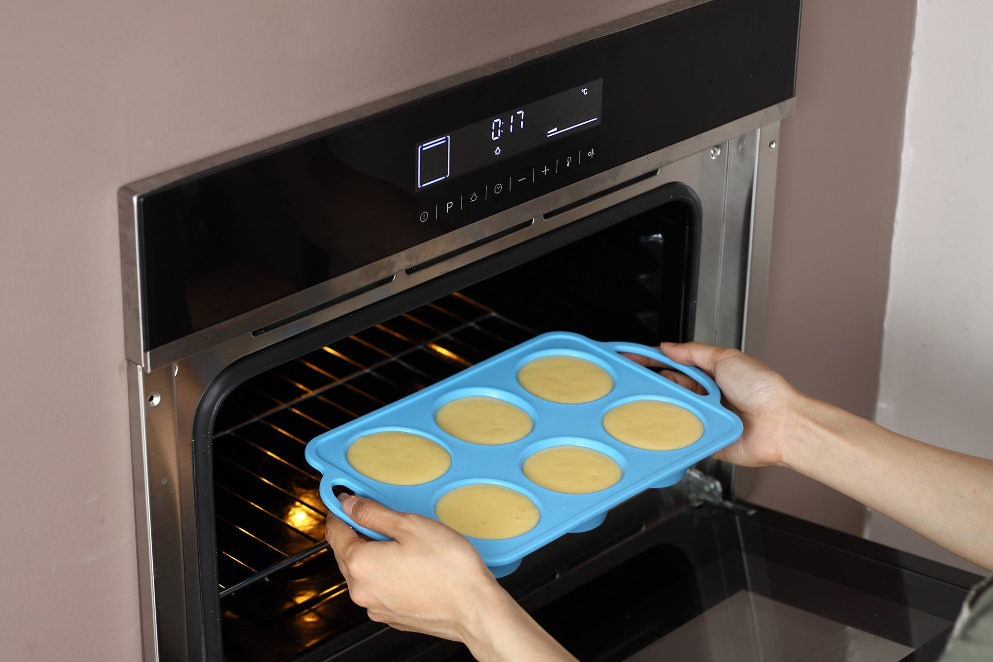 TRENDS home 6 Cup Silicone Cake, Sweet or Savory Muffin Pan