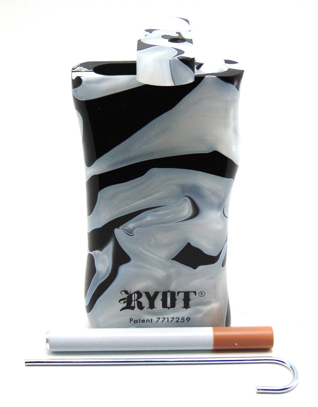 Large Black and White Ryot Dugout