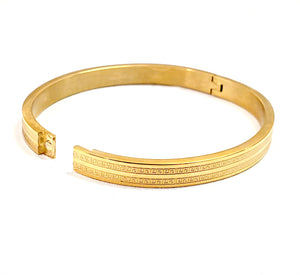 Brand New Stainless Steel Open Bangle -Bgl 121 Gold