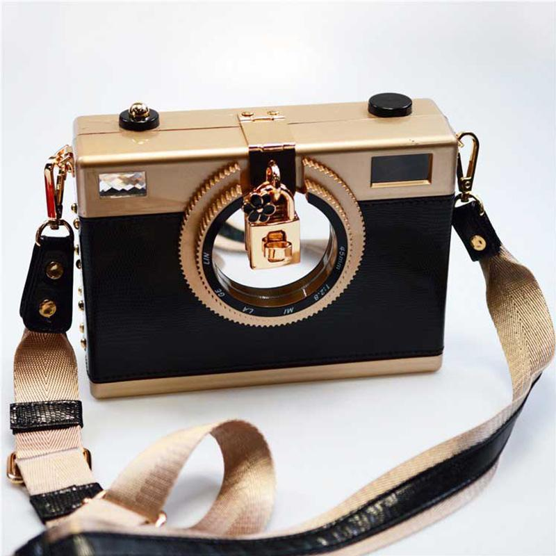 Retro Camera Women's Crossbody Clutch Purse Black TmrwsBig