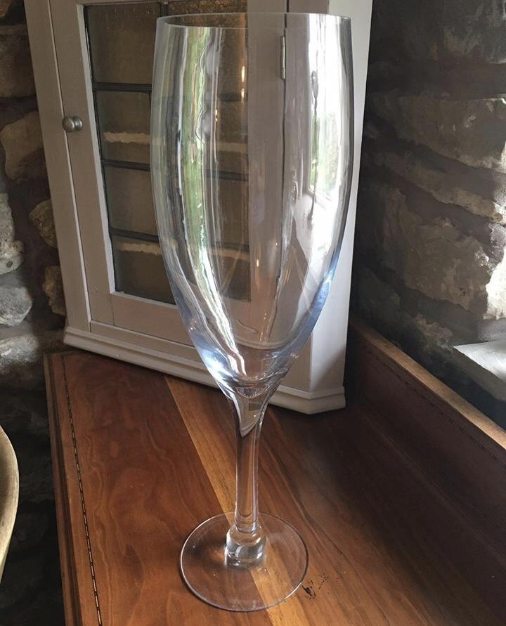 Supersized Champagne & Wine Glass Default Title TmrwsBig
