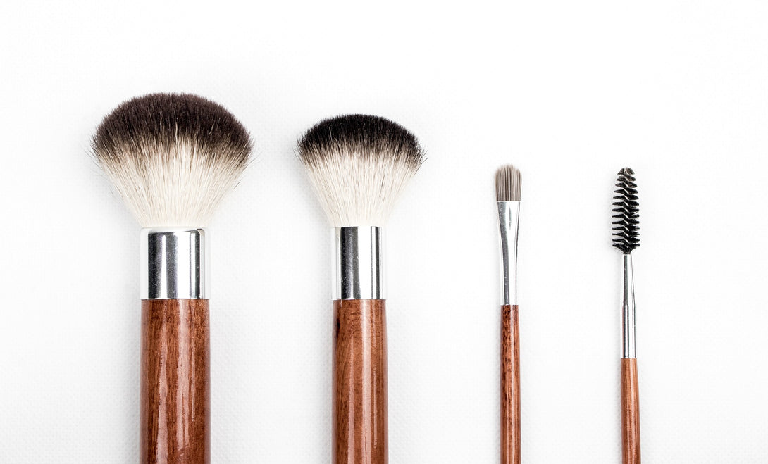 Why You Should Clean Your Makeup Brushes On A Daily Basis