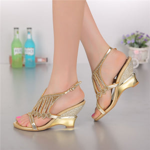 2018 Summer Style Gold Coloured High Heeled Sandals Rhinestone Wedding Shoes Size 11 Diamond Buckle Women Qualities