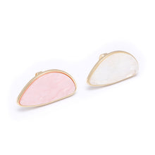 SRCOI White Pink Acrylic Big Statement Ring Party Women Simple Jewelry Fashion Geometric Resin Ring New Designer Bijoux Femme