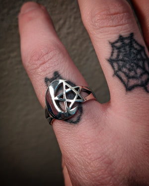 Crescent Moon and Star Pentagram Wrapping Sterling Silver Ring