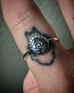 Eyelash Dotted Eye Sterling Silver Ring
