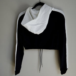 Blossom Performance Crop Hoodie (Black)