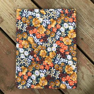 Hester Grays Garden Book Sleeve - Vintage Collection