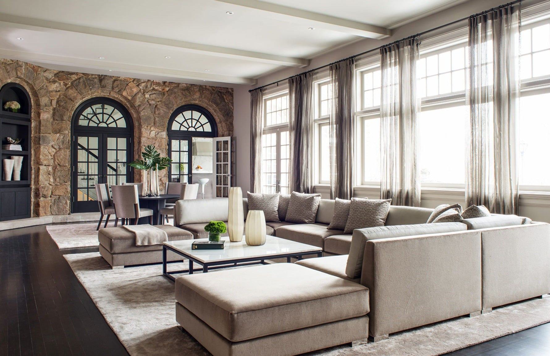 Neutral Living Room – Birgit Klein –  LuxDeco.com Style Guide