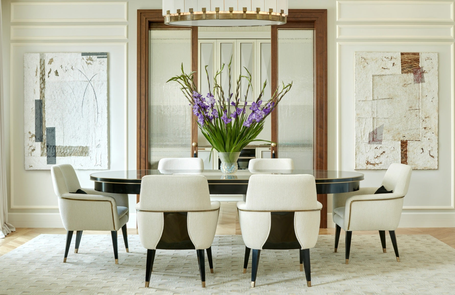 Cream Dining Room – Dining Room Colour Palettes - Dining Room Colour Schemes & Colour Combination ideas – Read in the LuxDeco.com Style Guide