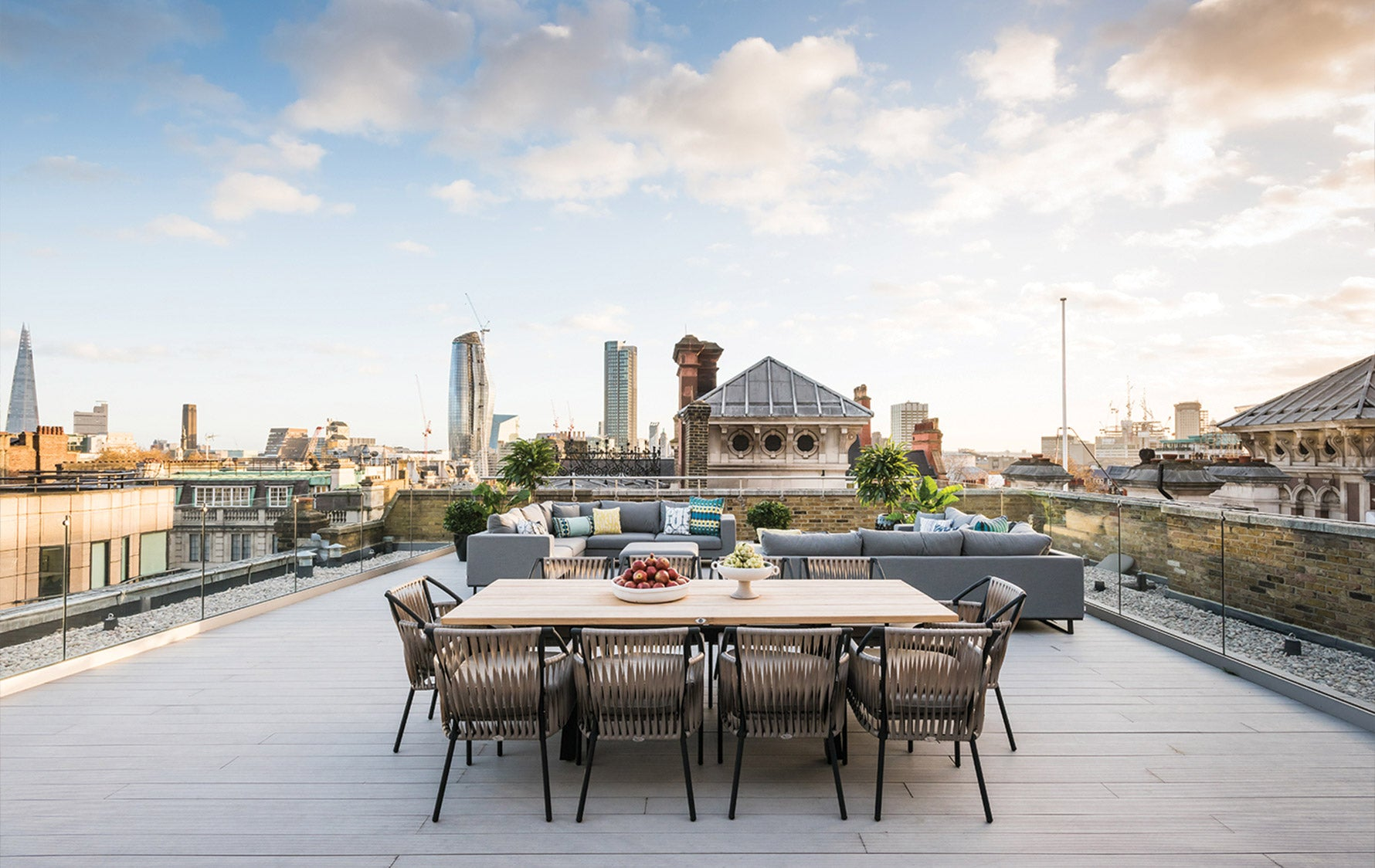 Rooftop Dining, Outdoor Space Ideas |A.LONDON | Read more in The Luxurist | LuxDeco.com