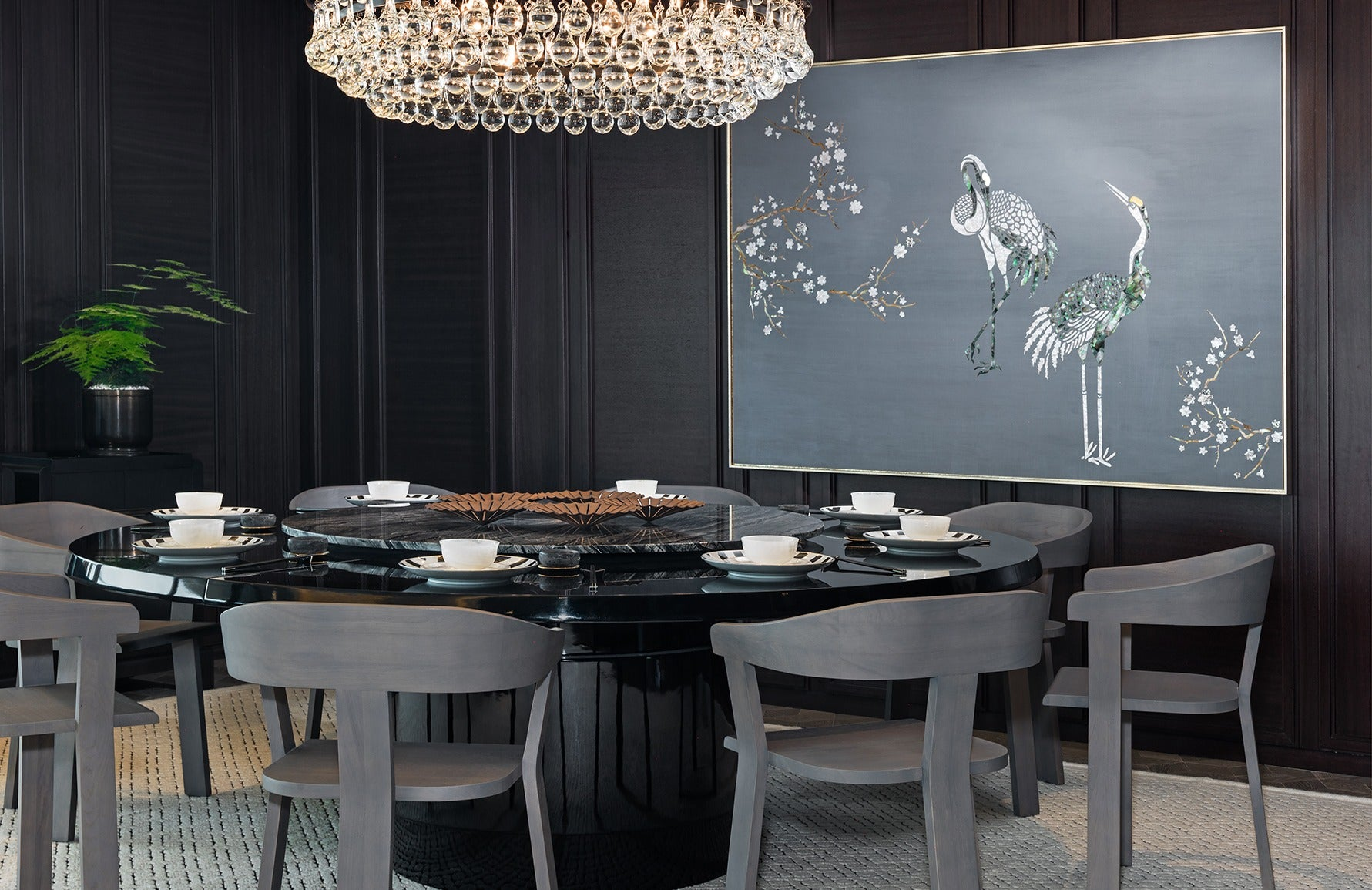 Black and Grey Dining Room – Dining Room Colour Palettes - Dining Room Colour Schemes & Colour Combination ideas – Read in the LuxDeco.com Style Guide