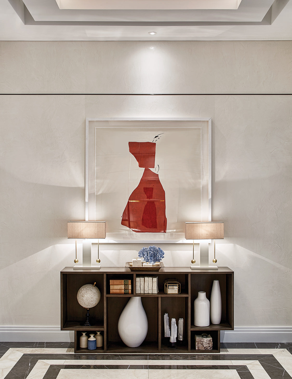 Chic Modern Hallway Ideas –Finchatton, Orchid Apartment – LuxDeco.com Style Guide