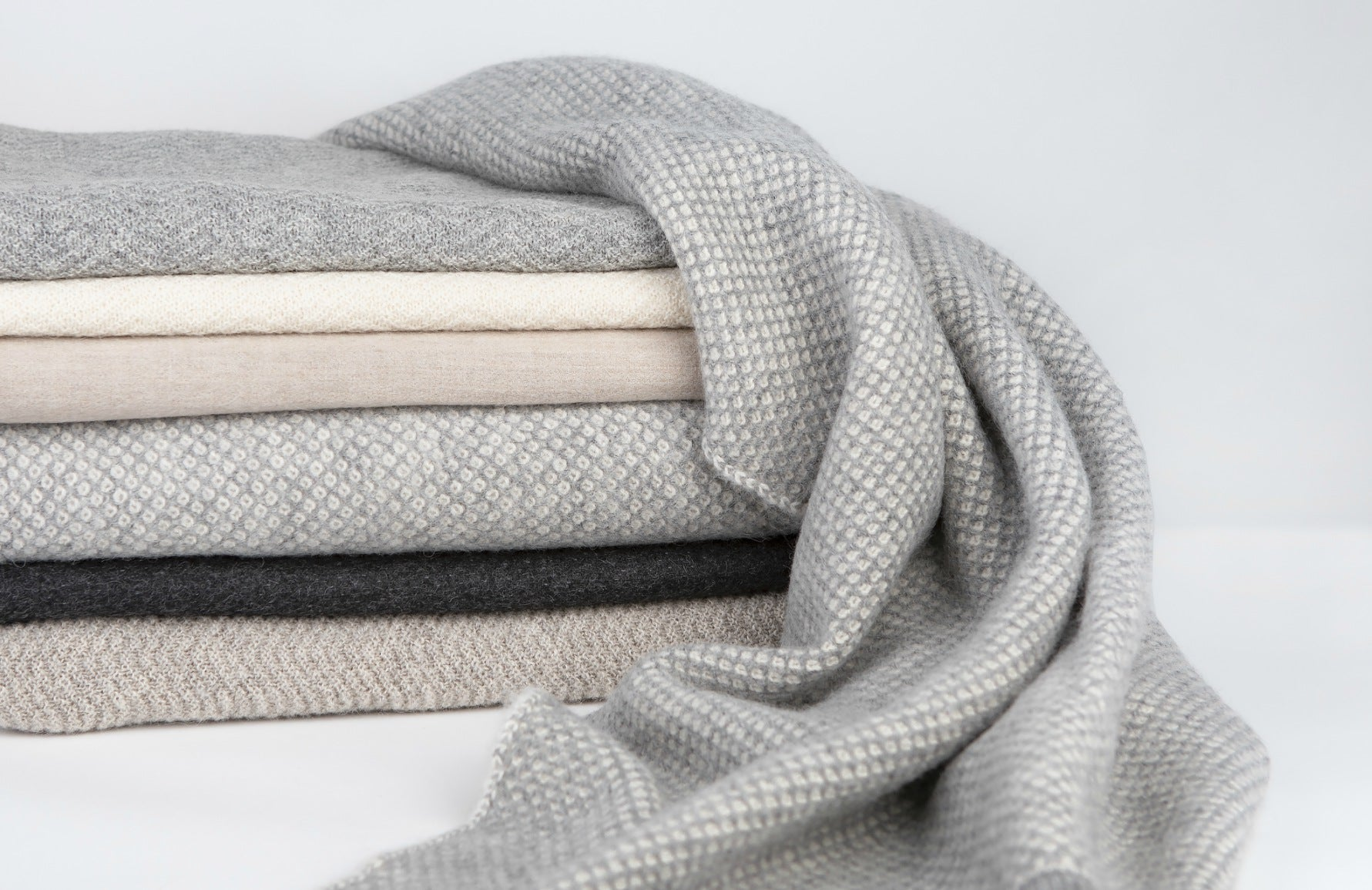 Behind The Brand | Tuwi | Luxury Alpaca Blankets | The Luxurist | Shop Tuwi at LuxDeco.com