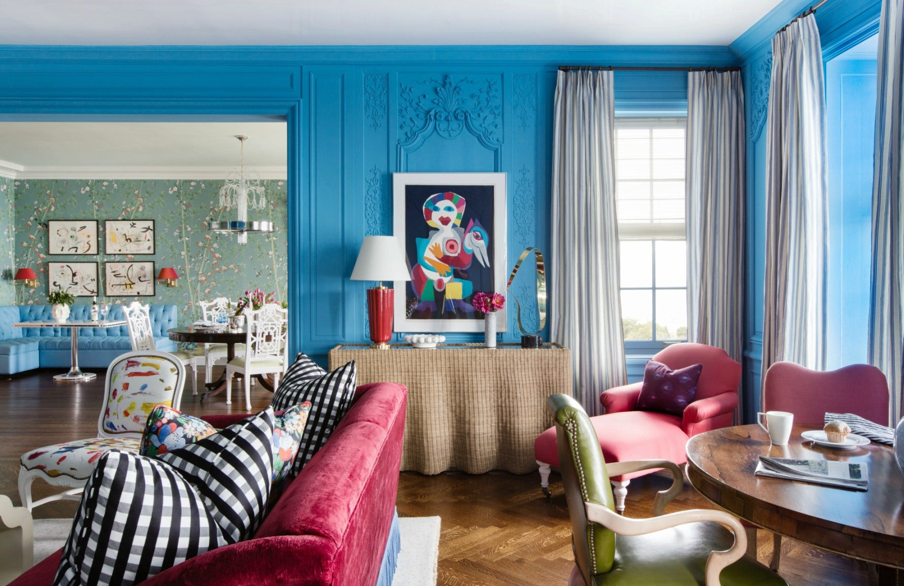 Blue Living Room | Summer Thornton living room | The Luxurist | Read more at LuxDeco.com