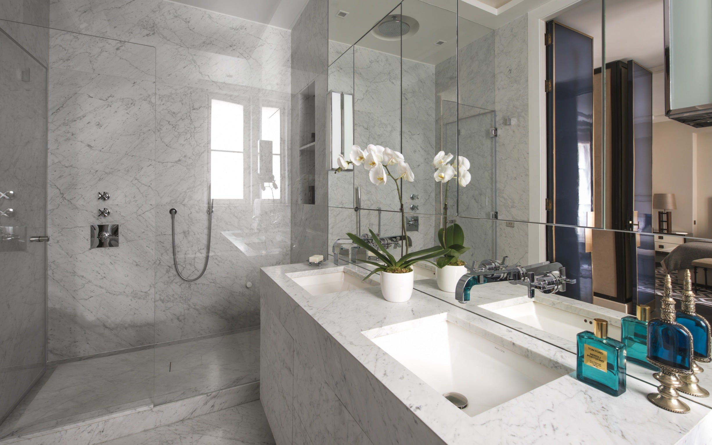 Discover Champeau & Wilde's Nouvelle Athenes Project in Paris - Master Bathroom - LuxDeco.com