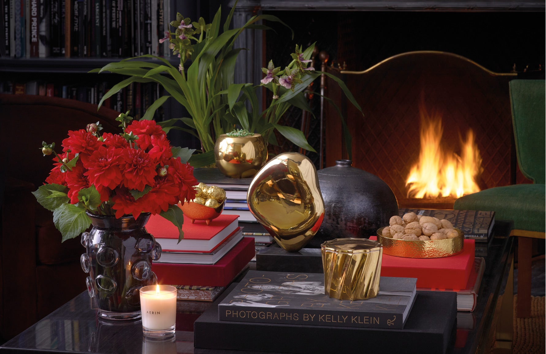 Holiday Entertaining with Aerin Lauder | Luxury home accessories | Read more in The Luxurist