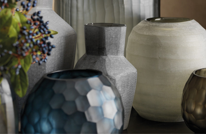 Home Accessorising Tips – Decor Ideas for Glass Vases – Shop now in the LuxDeco.com Style Guide