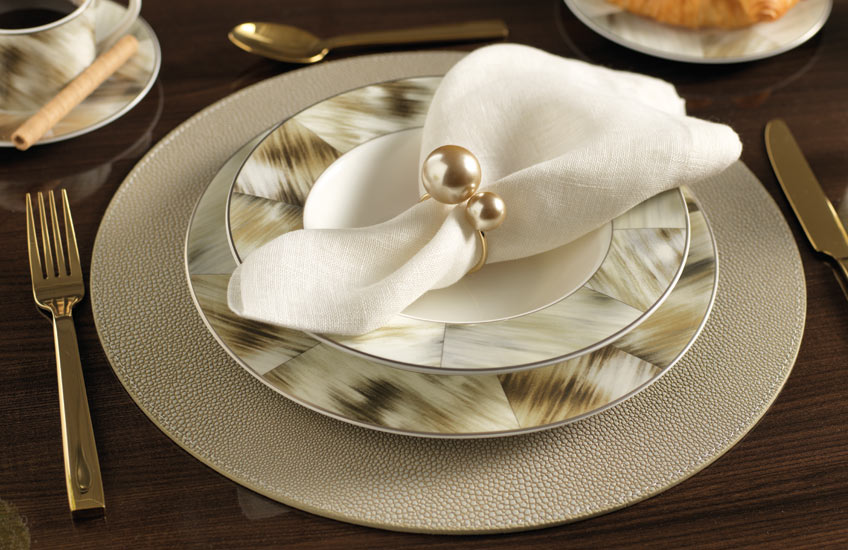 How To Collect A Luxury Dinnerware Set You'll Love – Shop Luxury Tableware at LuxDeco.com