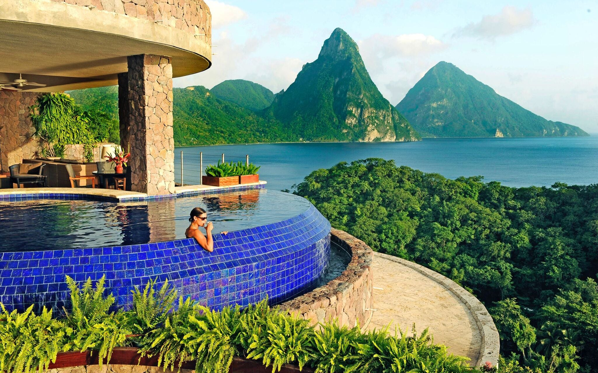 10 Best Hotel Swimming Pools Around The World - Jade Mountain - LuxDeco.com Style Guide