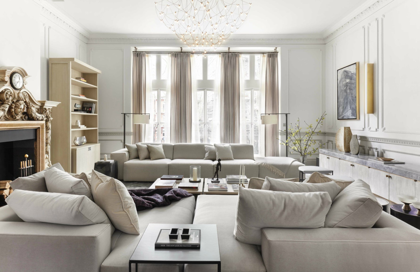 Janine Stone | Neutral Sitting Room | Read more in The Luxurist