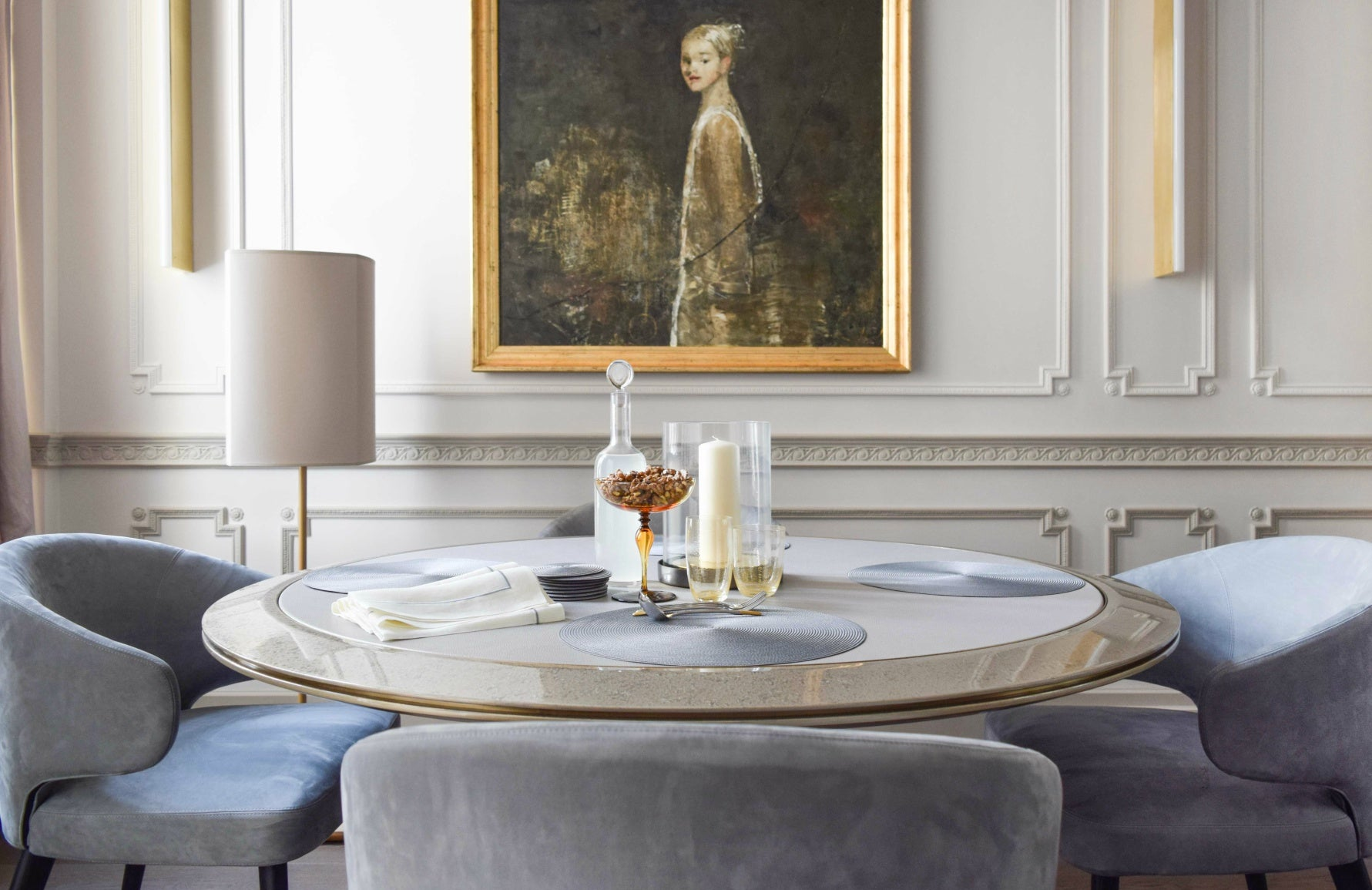Janine Stone interiors | Neutral dining room | Read more in The Luxurist