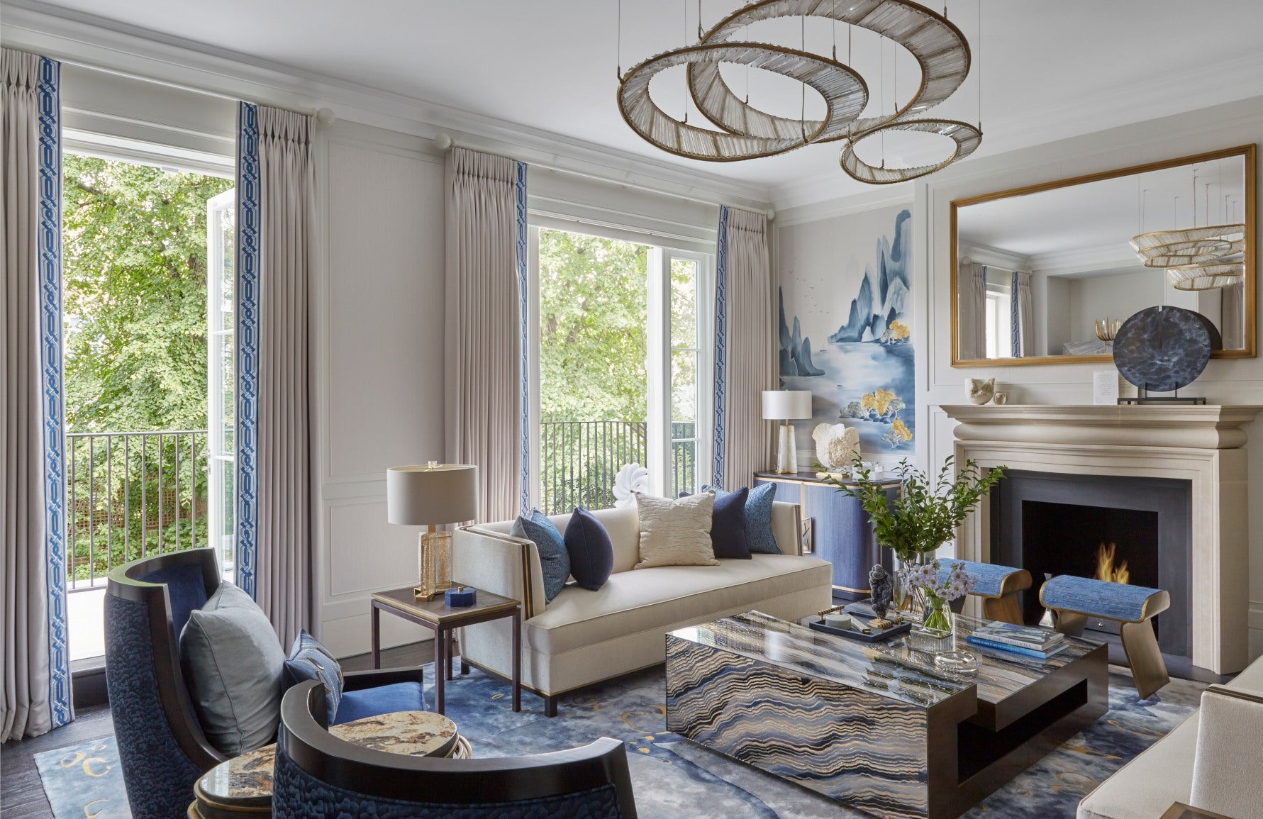 Katharine Pooley | London Interior Designer | Blue Living Room | Read more in The Luxurist at LuxDeco.com