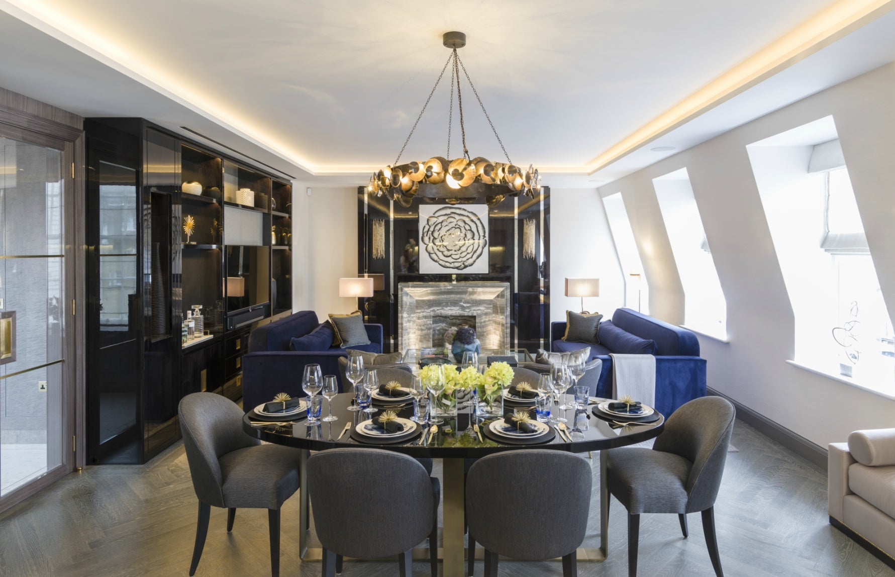 Luxury Dining Room Styles | Contemporary Dining Room | Taylor Howes | Read more in The Luxurist at LuxDeco.com