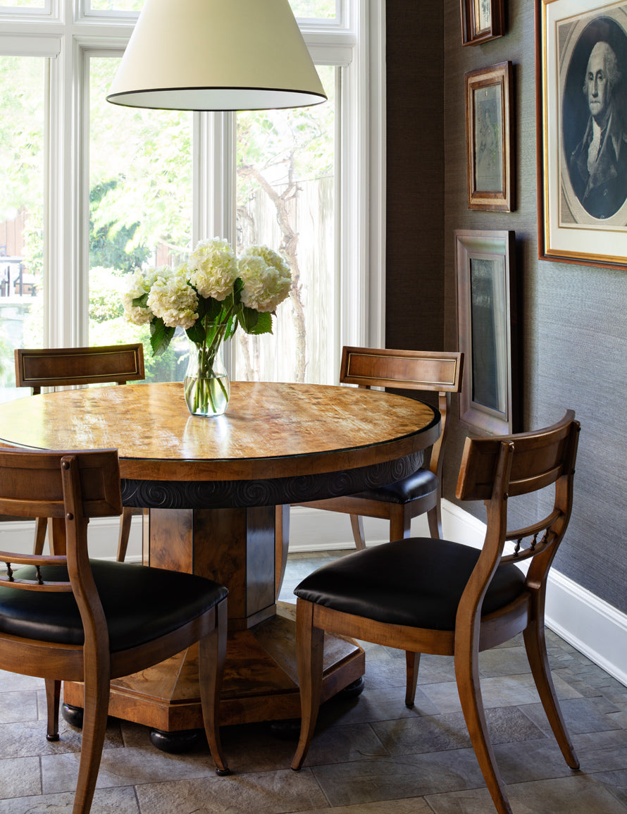 Luxury Dining Room Styles | Traditional Dining Room | Carlyle Designs | Read more in The Luxurist at LuxDeco.com