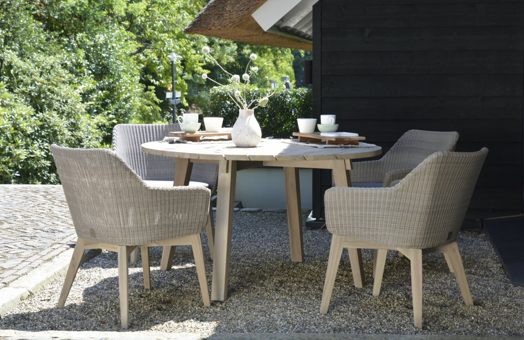 Luxury Outdoor Dining | Casual Dining Furniture | Shop outdoor dining furniture online at LuxDeco.com