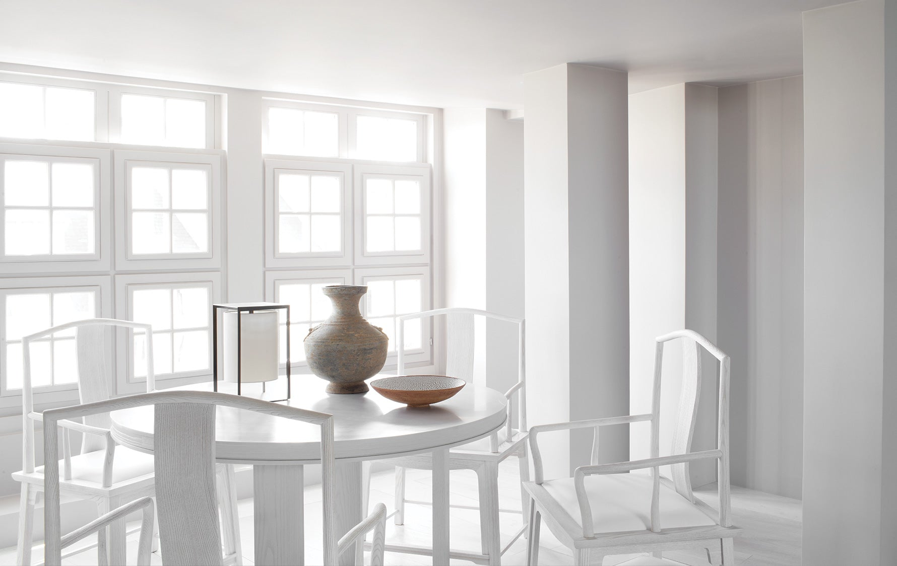 Minimalist Interior Design Dining Room Idea 2 - Guillaume Alan - LuxDeco Style Guide