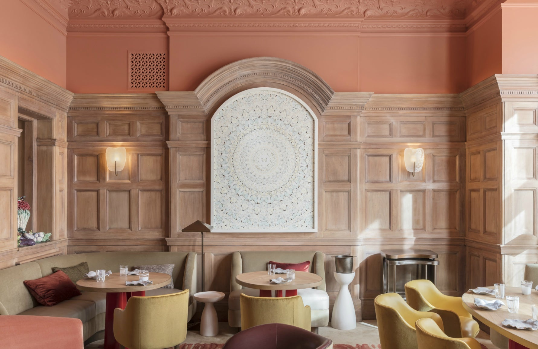 Mother's Day Restaurants | London Restaurants | Helen Darroze at The Connaught | Read more in The Luxurist | LuxDeco.com