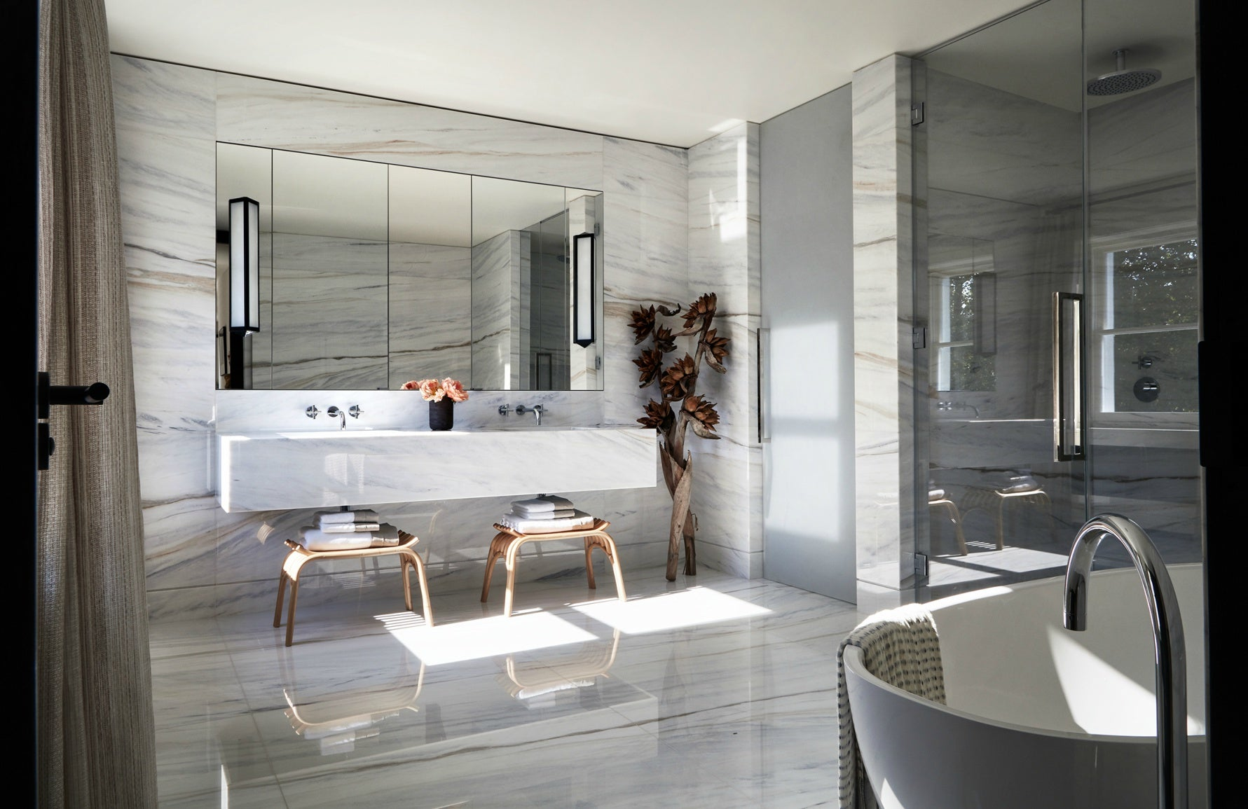 Natalia Miyar interiors | Master bathroom | Read more in LuxDeco's The Luxurist at luxdeco.com