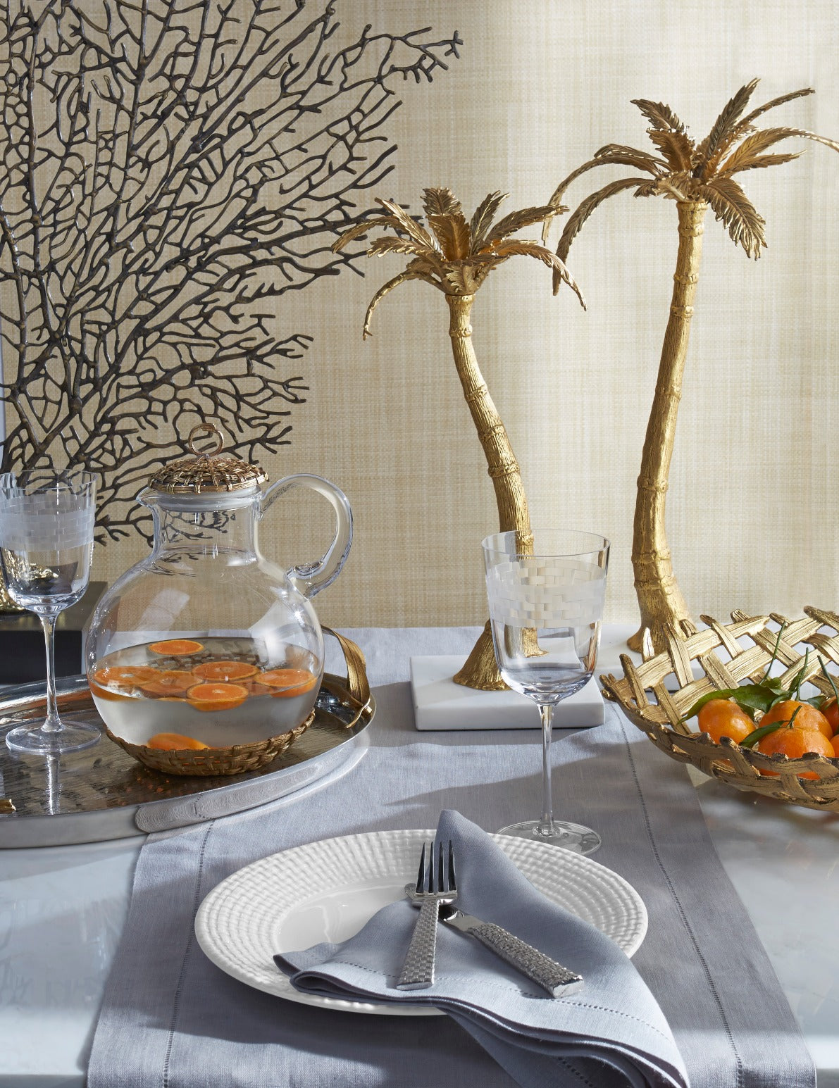 Tropical Tableware - How to Decorate with Tropical Prints in your Home Interior - LuxDeco.com