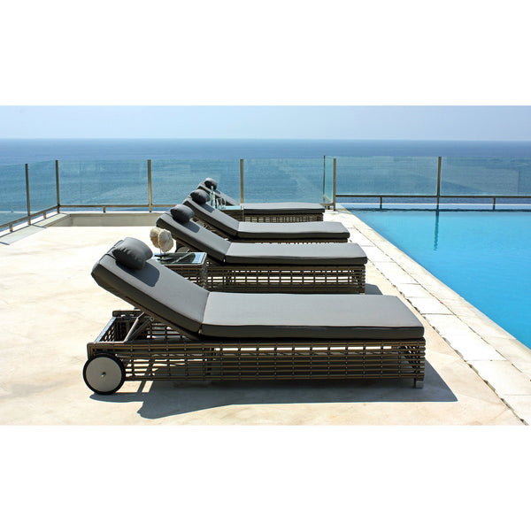 Castries Lounger Skyline Castries Lounger
