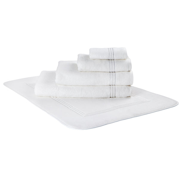 Macka White Bath Towel
