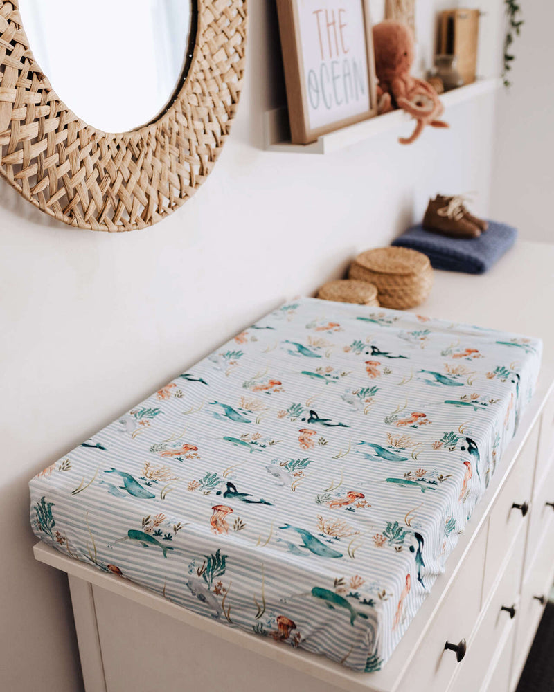 Snuggle Hunny Kids Bassinet Sheet / Whale