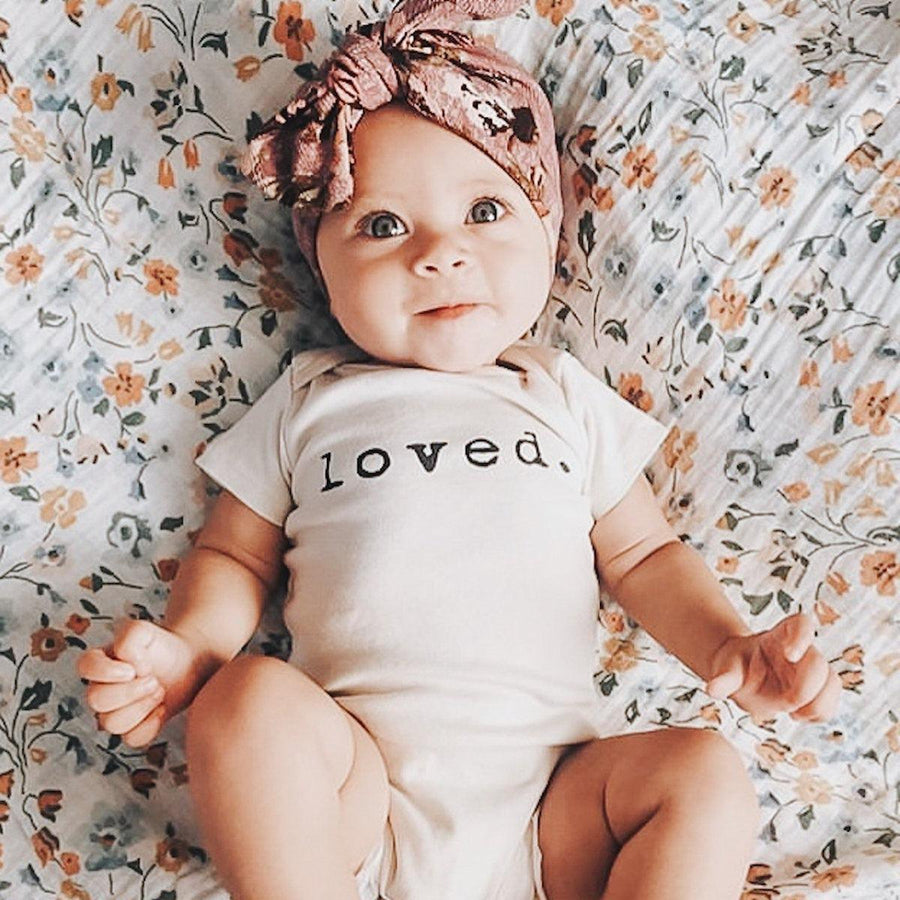 Tenth + Pine Organic Bodysuit / Loved - Dear Isla