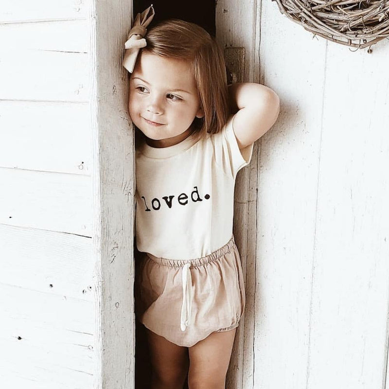 Tenth + Pine Organic Tee / Loved - Dear Isla