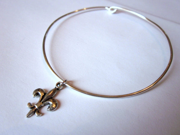 Silver Fleur de Lis Bangle Bracelet Silver Charm - Stackable Bangle Charm Bracelet - Valentines Day Gift - Bridesmaid Gift - Gift under 15