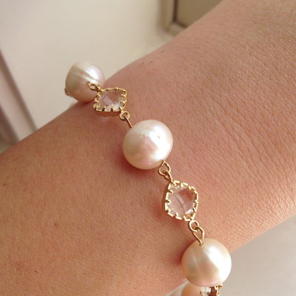 Gold Freshwater Pearl Crystal Bracelet - Freshwater Pearl Jewelry - Crystal Bracelet Gold Clear Jewelry - Bridal Jewelry - Wedding Jewelry